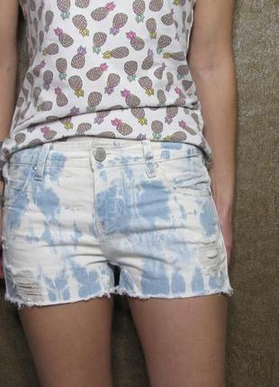 Джинсовые шорты yes