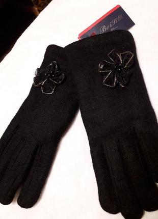 Новые фирменые шерстяные +ангора подростковые перчатки