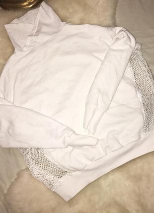 Шикарное белое худи с сеточкой по бокам от bershka
