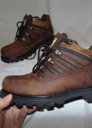 Ботинки cat caterpillar оригинал кожа новые размер по факту 43 по стельке 28 см