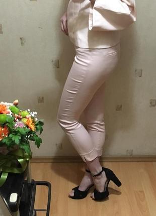 🍑нюдовые бриджи h&m/персиковые короткие штаны/пудровые штаны бриджи🍑