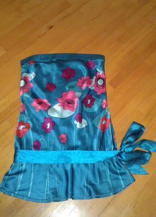 Новенькая шелковая блузочка изумрудного цвета с пояском warehouse 10р.