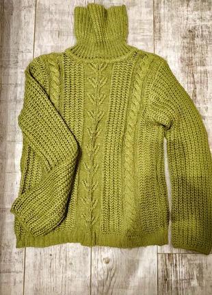 Теплый, объемный свитер, кофта