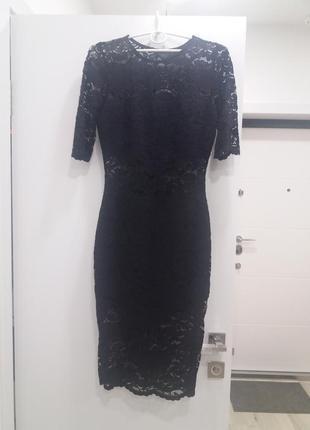Шикарное коктейльное/вечернее гипюровое платье. до колен