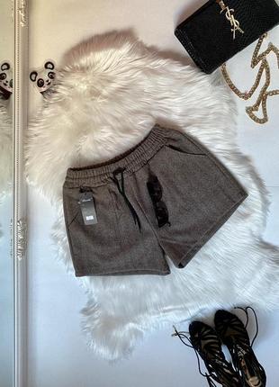 Теплые короткие твидовые шорты рисунок ёлочка