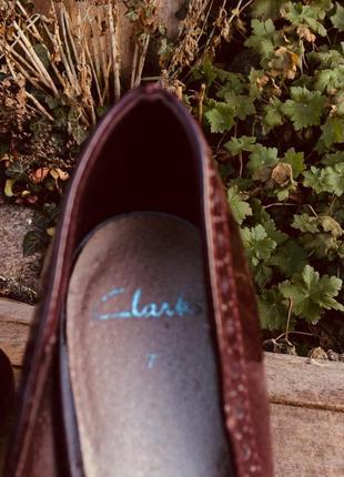 Женские лаковые туфли лодочки clarks