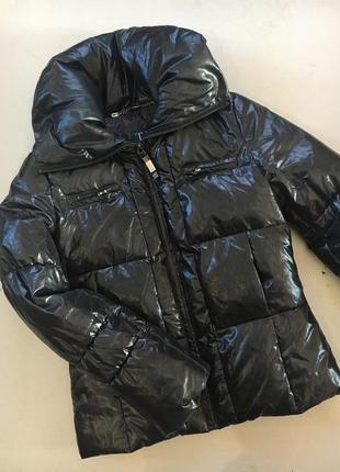 Шикарная зимняя куртка от trussardi