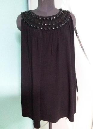 Нарядное короткое платье (туника, удлиненная майка) с декором большого размера