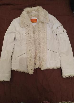 Вельветова куртка утеплена