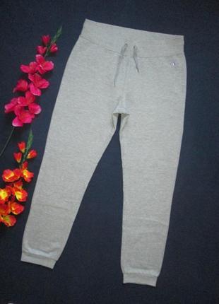 Шикарные трикотажные фирменные теплые спортивные штаны серый меланж champion оригинал