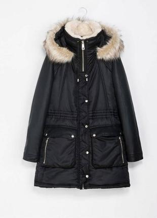 Черная зимняя парка zara теплая куртка кожаные рукава капюшон отстегивается