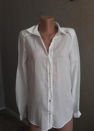 Белая рубашка облегченная m