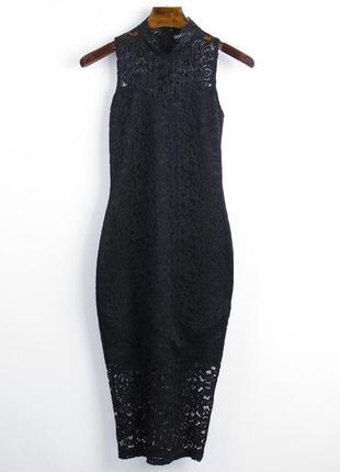 Кружевное платье приталенное