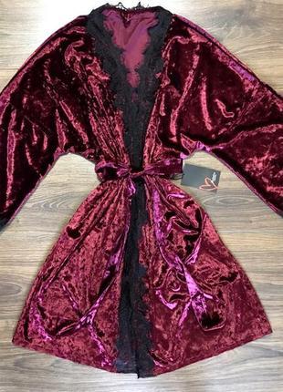 Вишневый велюровый халат