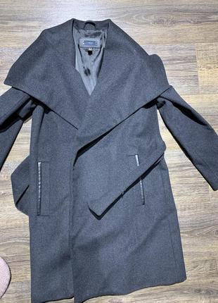 Пальто на запах mango