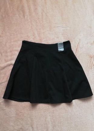 Стильная фирменная юбка