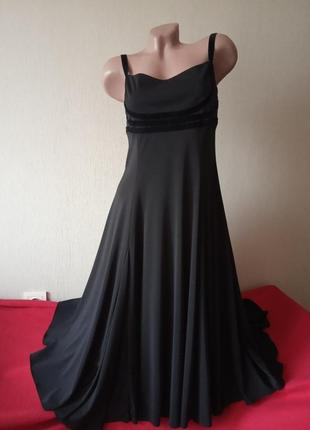 Черное вечернее платье с расклешенной юбкой nicholas millington