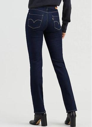 Синиее темно-синие женские джинсы с высокой посадкой levis