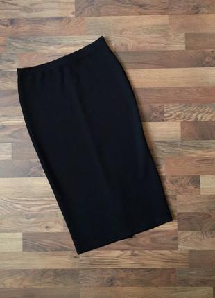 Черная фактурная юбка размер m