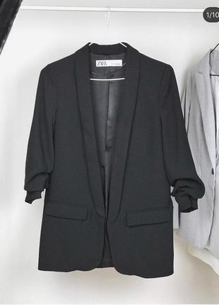 Чёрный пиджак zara