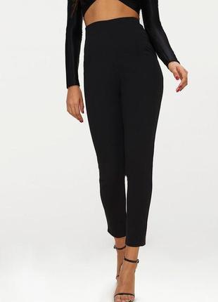 Лосины высокая талия. брюки узкие prettylittlething. размер 48/50