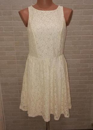 Платье гипюровое молочного цвета