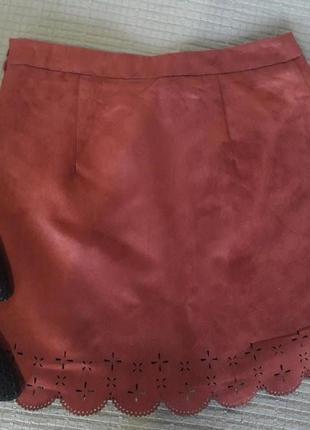 Актуальная юбка под замшу от h&m размер s