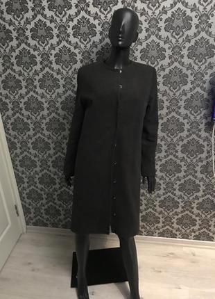 Очень теплое зимнее пальто в стиле chanel