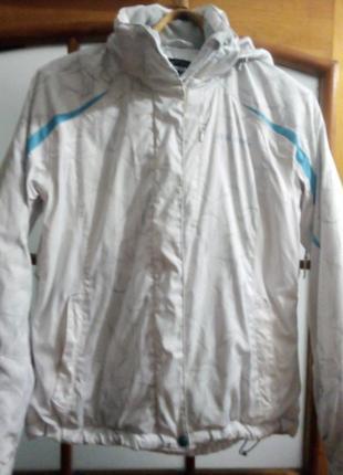Куртка лыжна. белая.