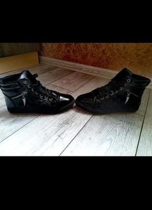 Ботинки кроссовки осень