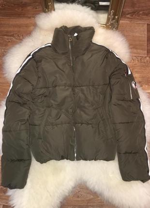 Стильная и качественная куртка привезена из европы