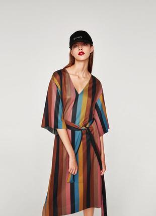 Крутое платье в разноцветную полоску,  zara