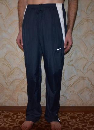 Легкие спортивные штаны nike ветронепроницаемые и влаго отталкивающие