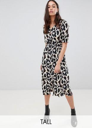 Атласна сукня з леопардовим принтом