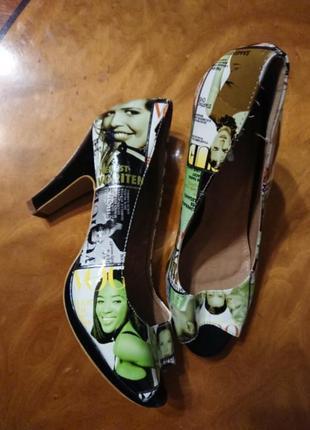 Фірмові англійські туфлі, нові, розмір 38.