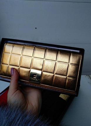 Кожаный кошелек на молнии