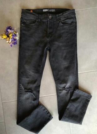 Крутые джинсы скини us