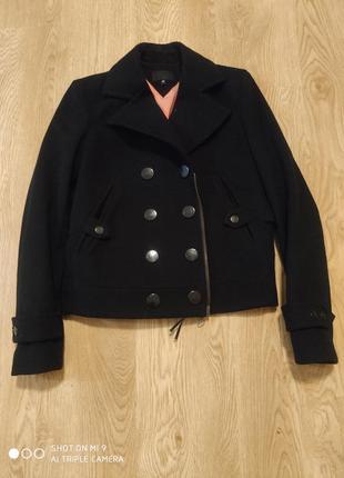 Курточка италия шерсть