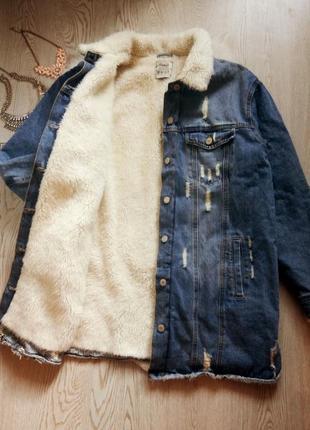 Синяя голубая длинная джинсовая куртка на меху меховым воротником шерпа батал большой