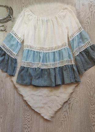 Голубая белая цветная свободная блуза трапеция длинный рукав вышивкой ажурными вставками