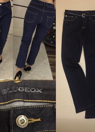 Укороченые тёмные джинсы