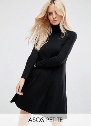 Короткое чёрное платье гольфик
