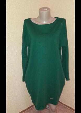 Теплое платье туника в зеленом  цвете в батальном размере