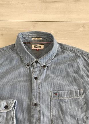 Мужская джинсовая рубашка tommy hilfiger оригинал новая коллекция