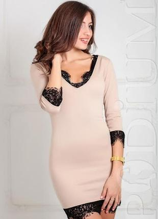 Жіноча сукня-міні з кружевом donna
