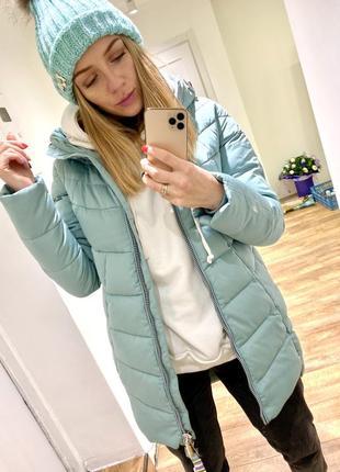 Зимняя курточка мятного цвета. размер м