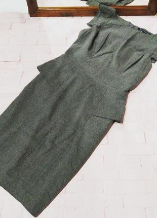 Платье чехол футляр с баской на талии по бокам french connection