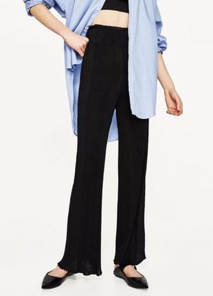 Трикотажные эластичные ребристые брюки в рубчик высокая посадка zara knit