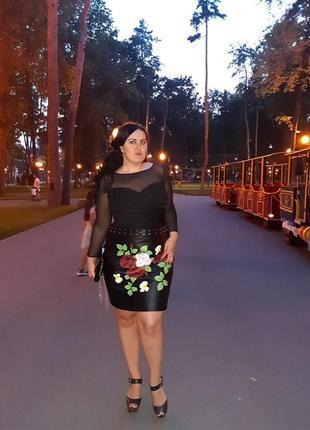 Кожаная юбка с розами и заклепками, большой размер!!!