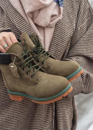 Ботинки timberland в редком цвете хаки с мехом цигейки /осень/зима/весна😍